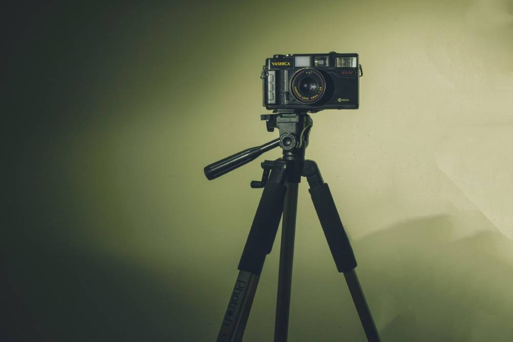 6 Things to Look for When Buying a Camera Tripod